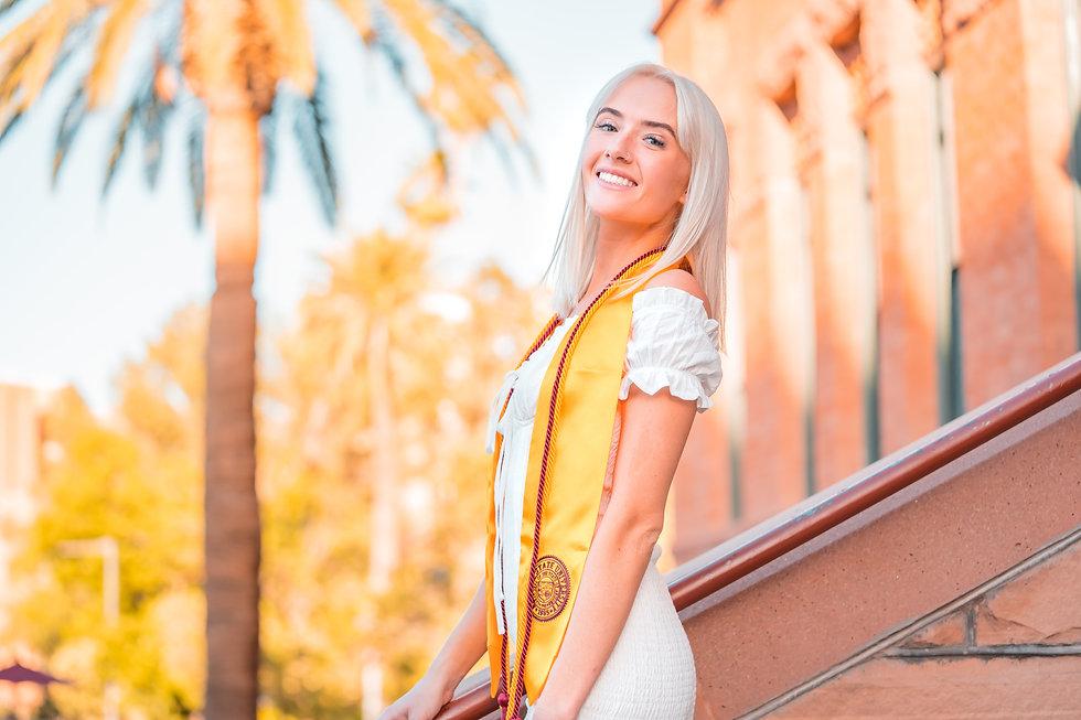 Sara Frost Grad Pics 2020-035.jpg