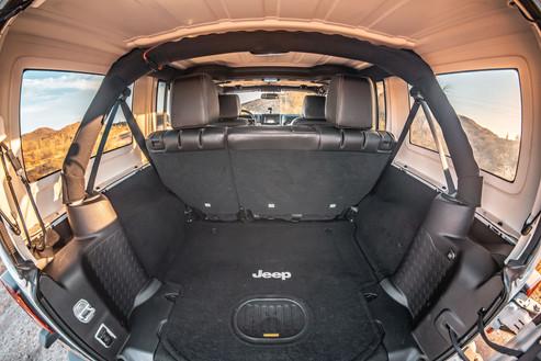 Jeep Rubicon C_006.jpg