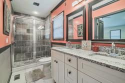 Park Valley Bathroom 2