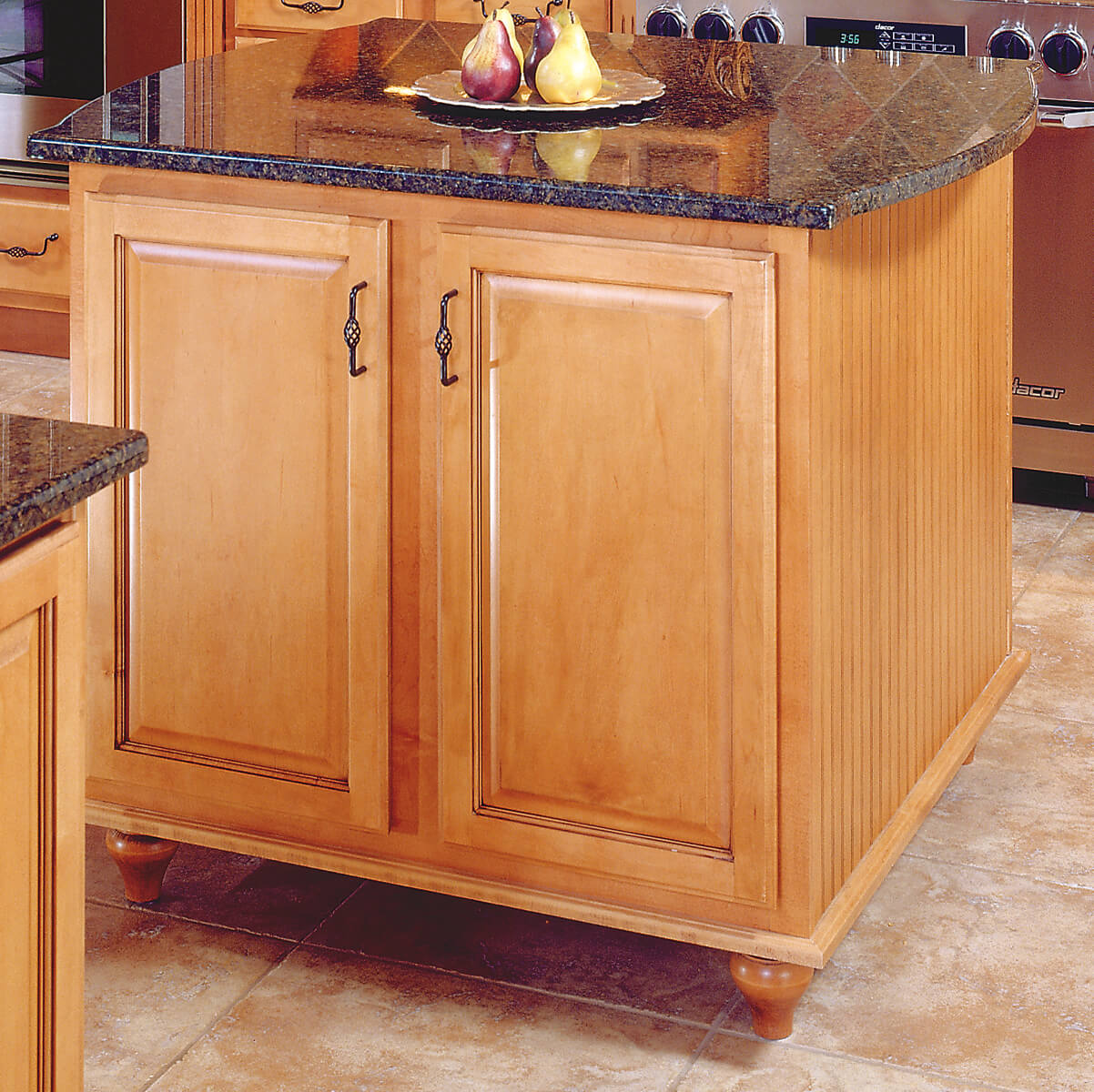 Castlewood Tulip Foot SY-BF-177 Kitchen Island application
