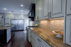Kitchen C2.jpg