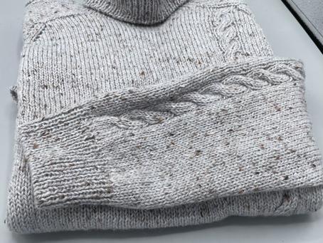 首から編むセーター