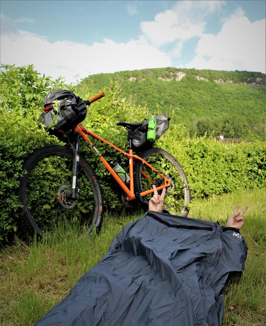 bike packing dordogne