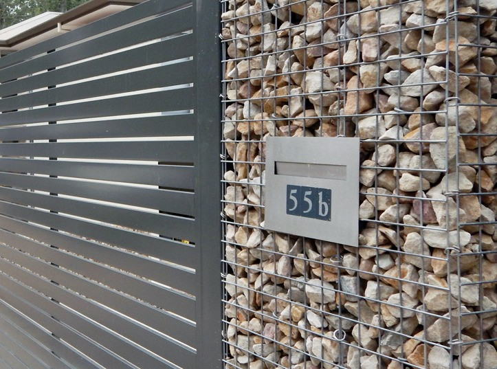 Rockweld Gabion Fence and Letterbox