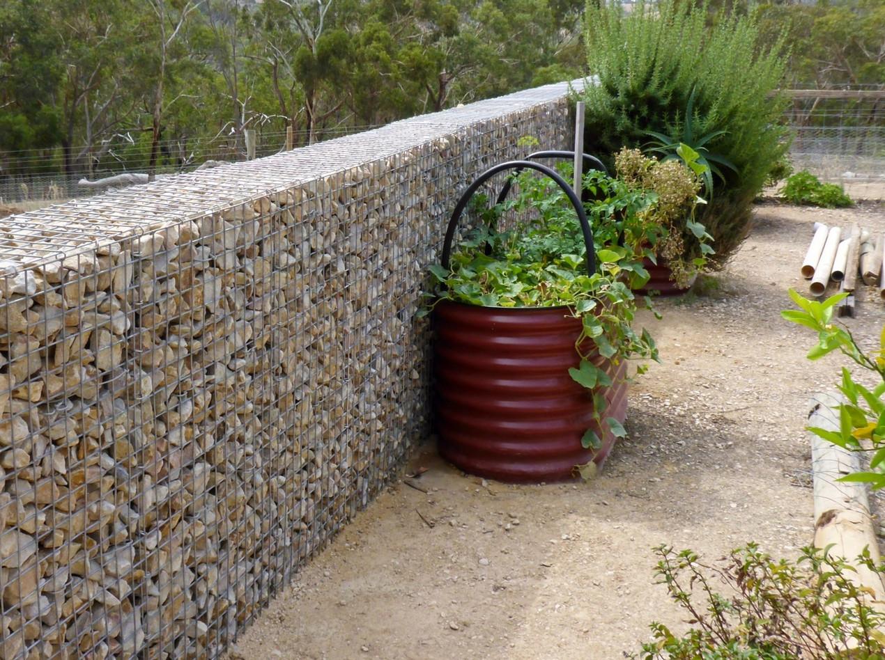 Rockweld gabion windbreak wall