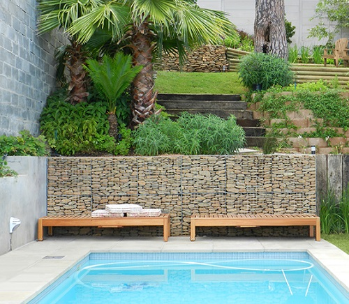Pool Gabion Feature Wall