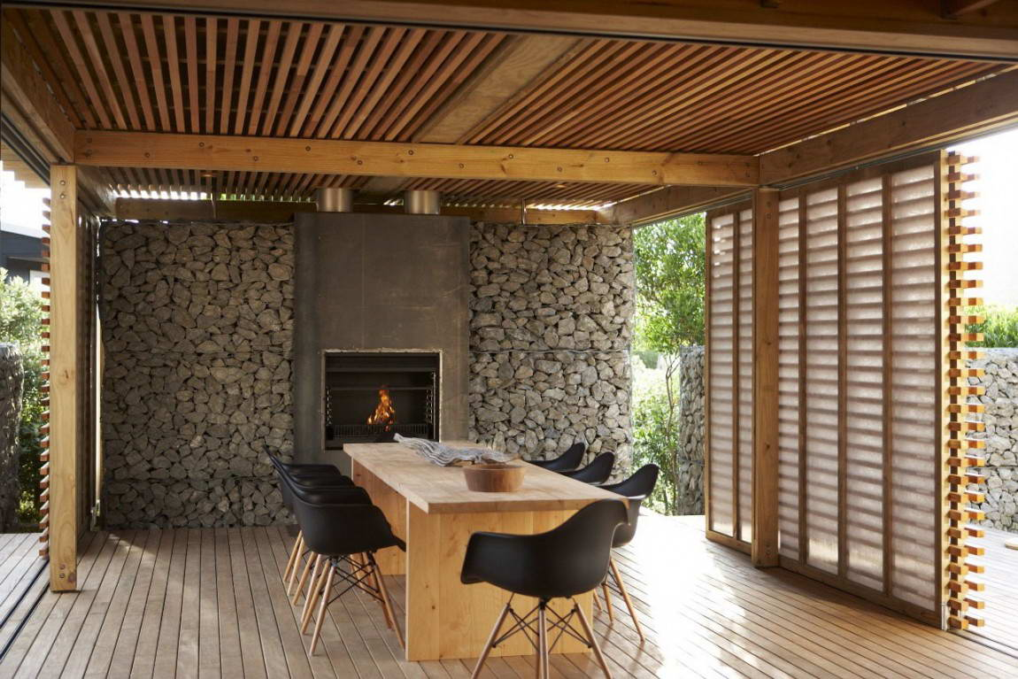 Gabion Wall with Open Fireplace