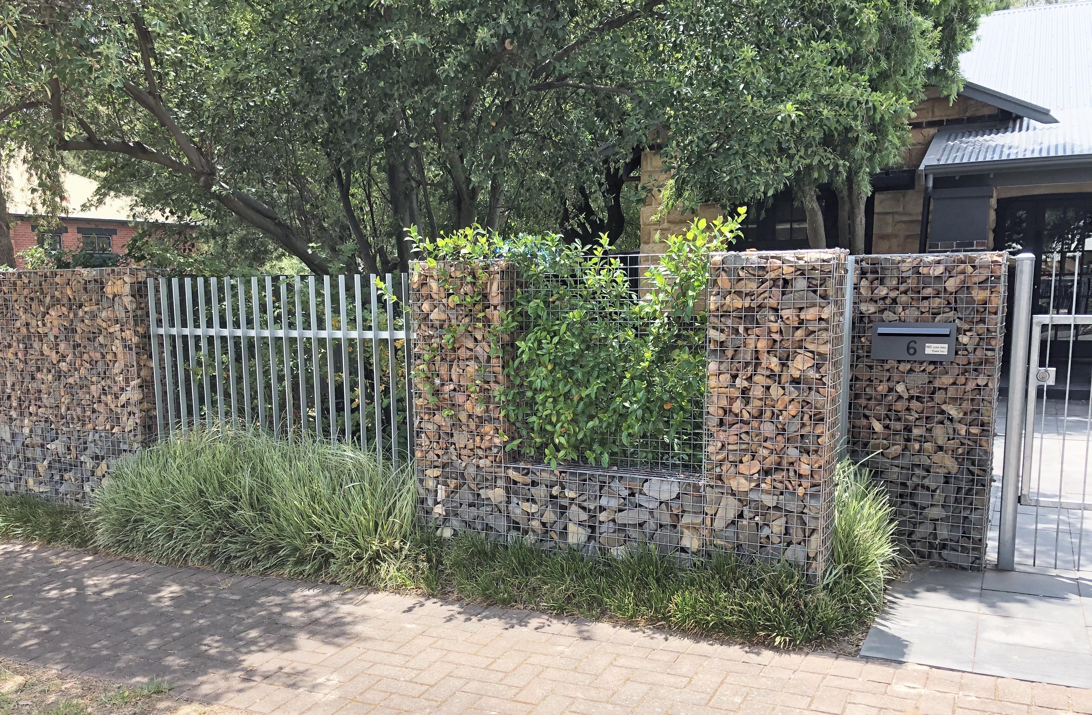 Kennaway Street Rockweld Fence
