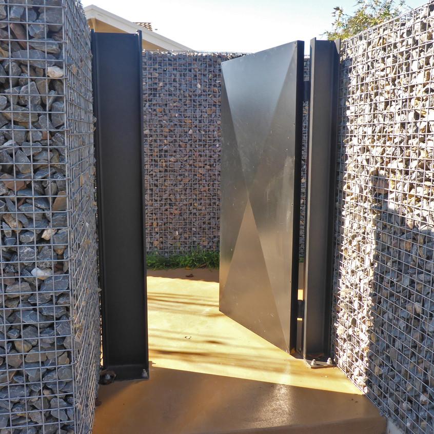 Rockweld Bluestone Fence