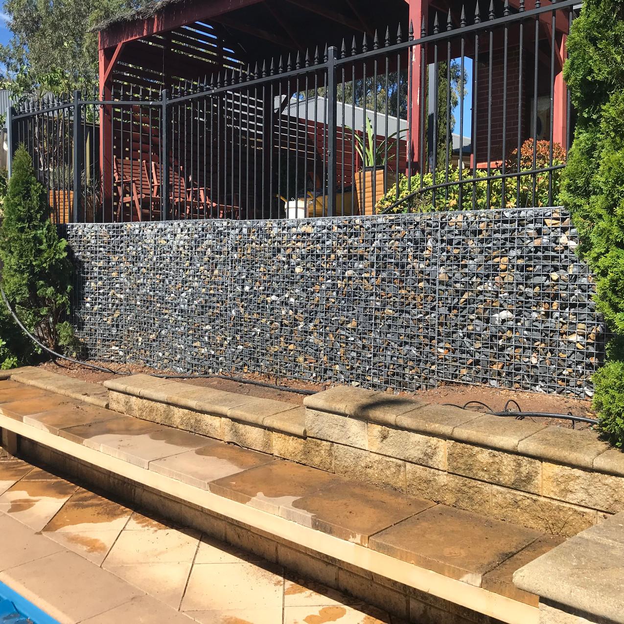 Rockweld Retaining Wall