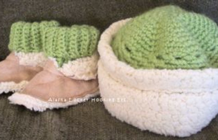 Sheepskin Baby Boots and Hat