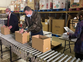 Sen. Mark Warner visits Fredericksburg Regional Food Bank to discuss food insecurity