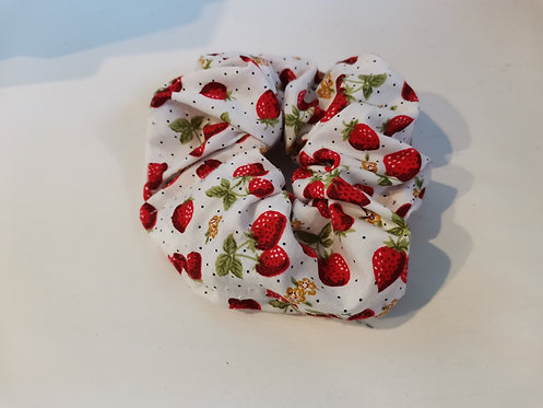 Very Berry scrunchie