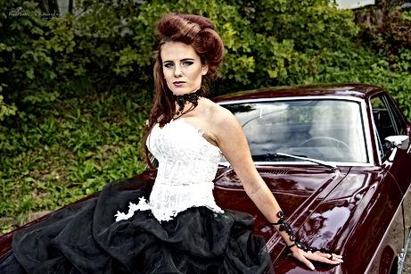 Coiffure: Danaë Mury - Maquillage: Michèle Joliat & Laurence Sallaz - Stylisme : Estelle Rochat – Photographe:  FredPhotos