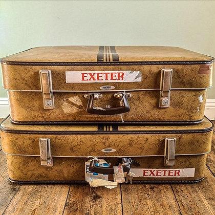 Retro suitcase medium