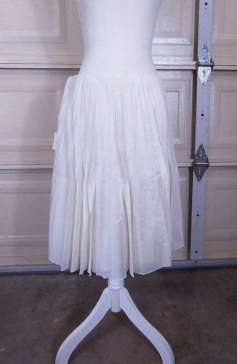 Cèline Beige Silk Light-Weight Elegant Pleated Skirt, FR 42