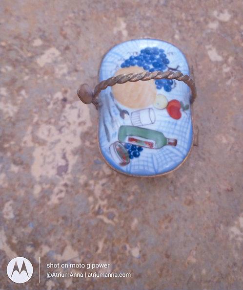 "Limoges France ""Paint Main"" Hand-Painted Porcelain Jewelry Box Basket"