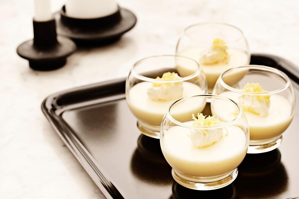 Kuukuvad klaaside komplekt desserdi või napsu jaoks 20 EUR/ 4tk