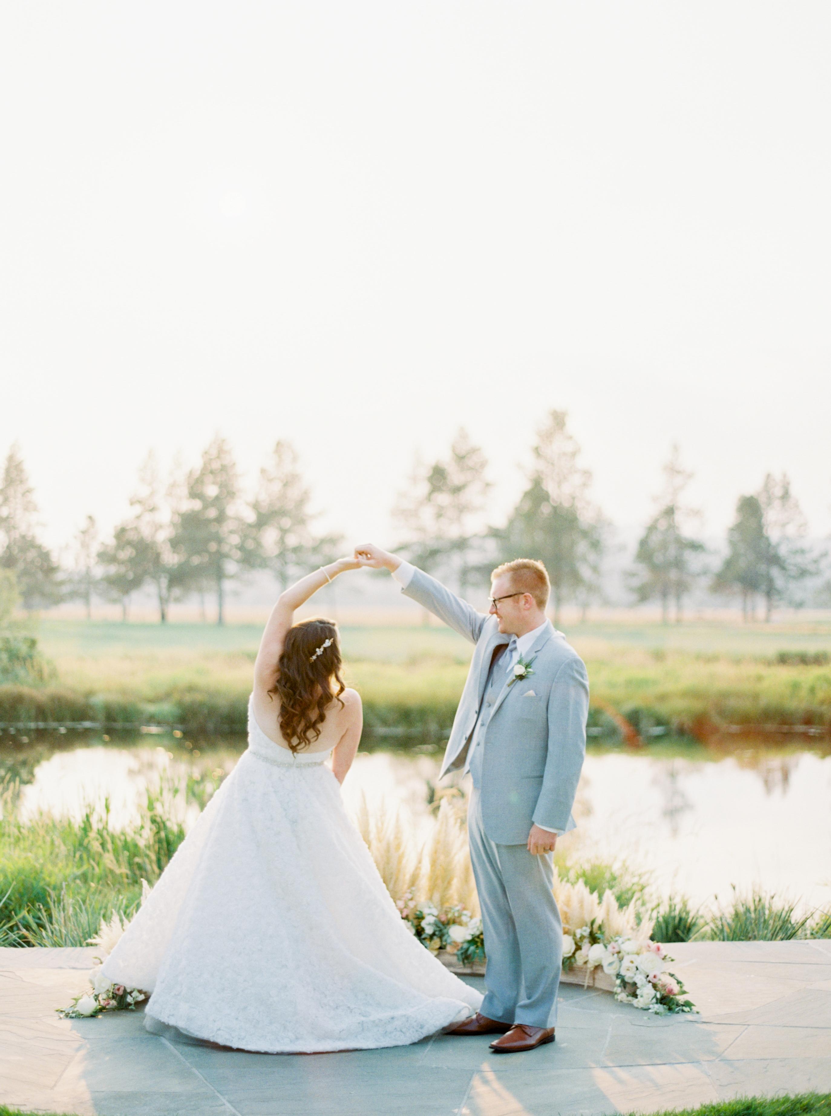 wedding photographer sunriver oregon