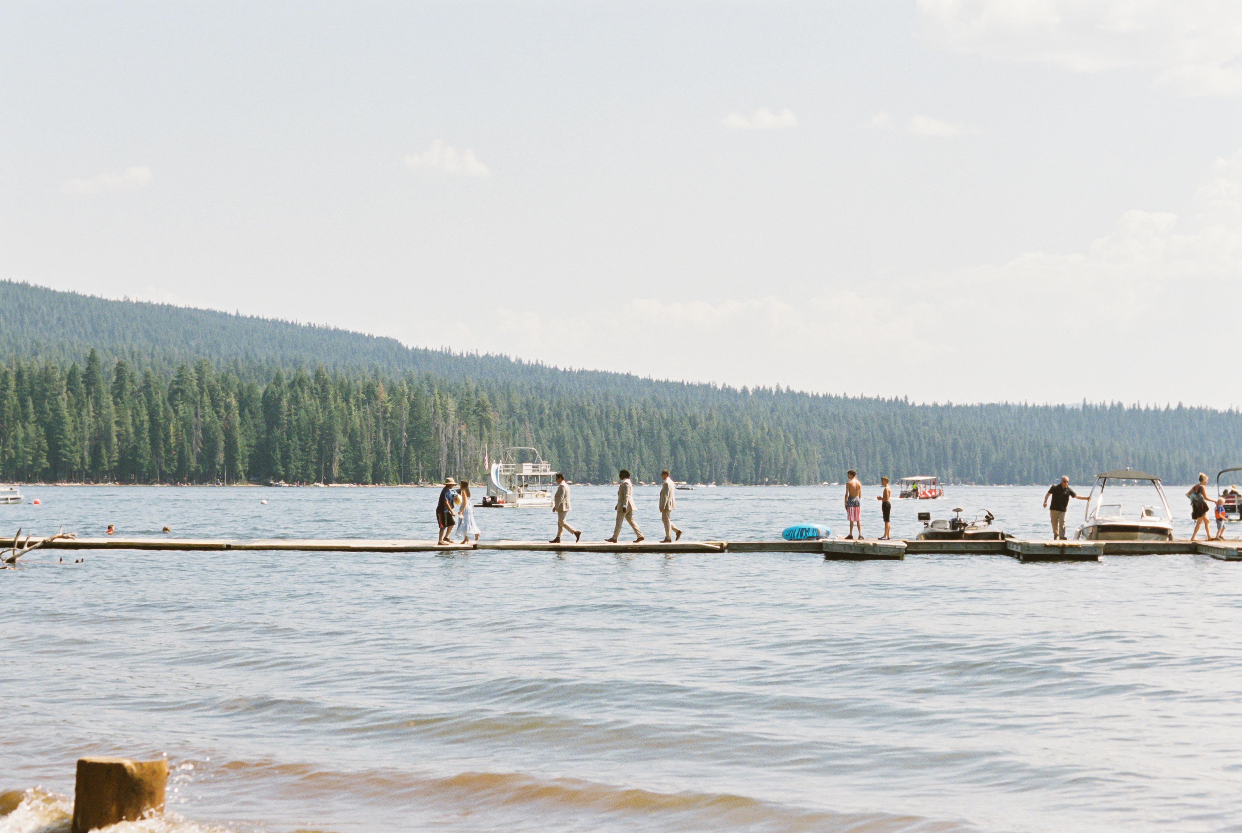 Lake wedding oregon