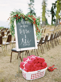 red themed wedding colors