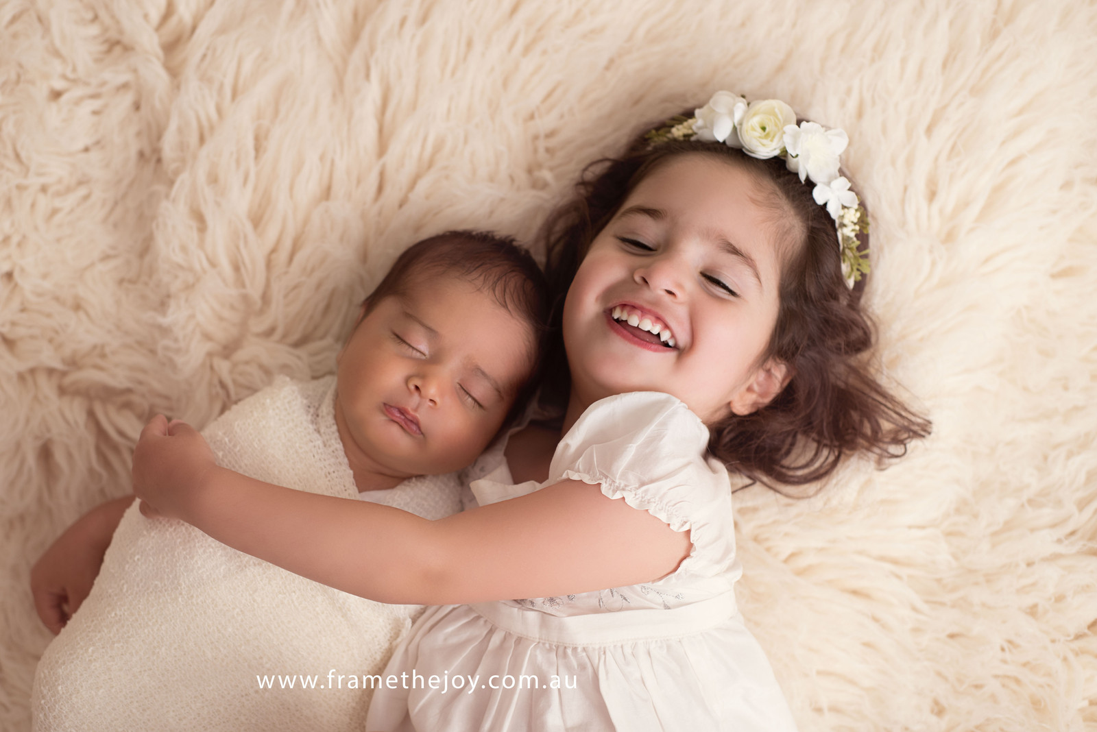 Newborn photography melbourne australia frame the joy photography