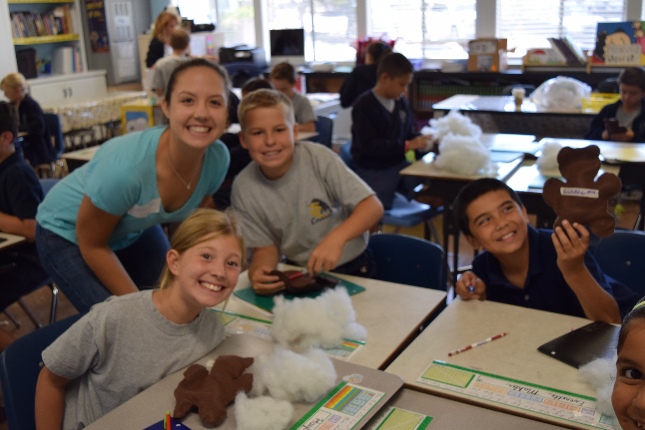 Sewing bears with table groups