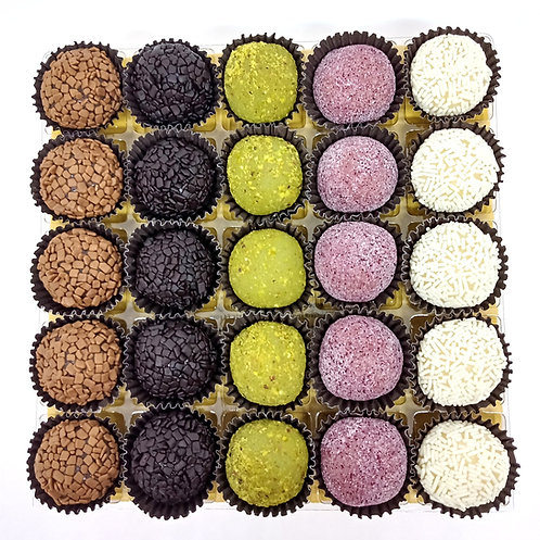 Caixa com 25 Mini Brigadeiros Gourmet 12g