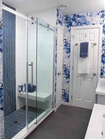 Bathrooms #5 jt2101204v2.jpg