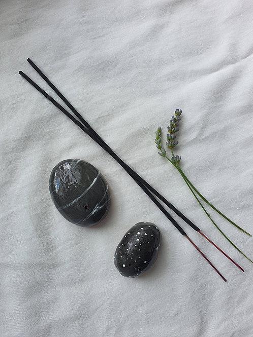 Ceramic Spotty Pebble Incense Holder