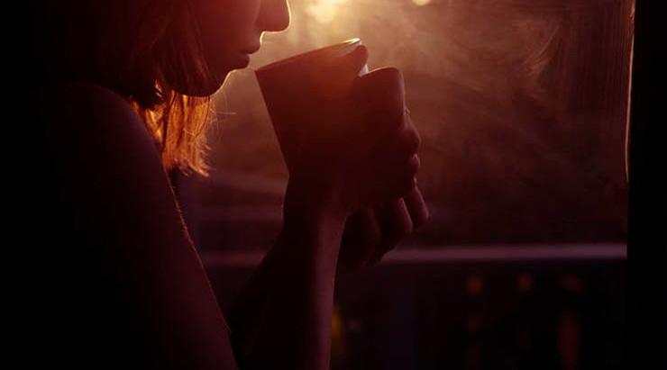 Café Geeks: ¿Cómo se le Quita la Cafeína al Café para que sea Descafeinado?