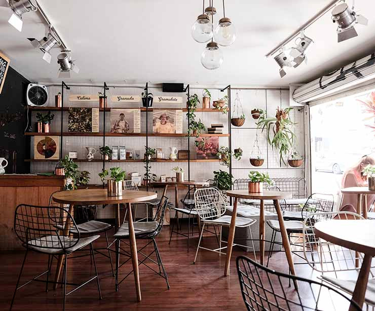 interior cafetería medellin