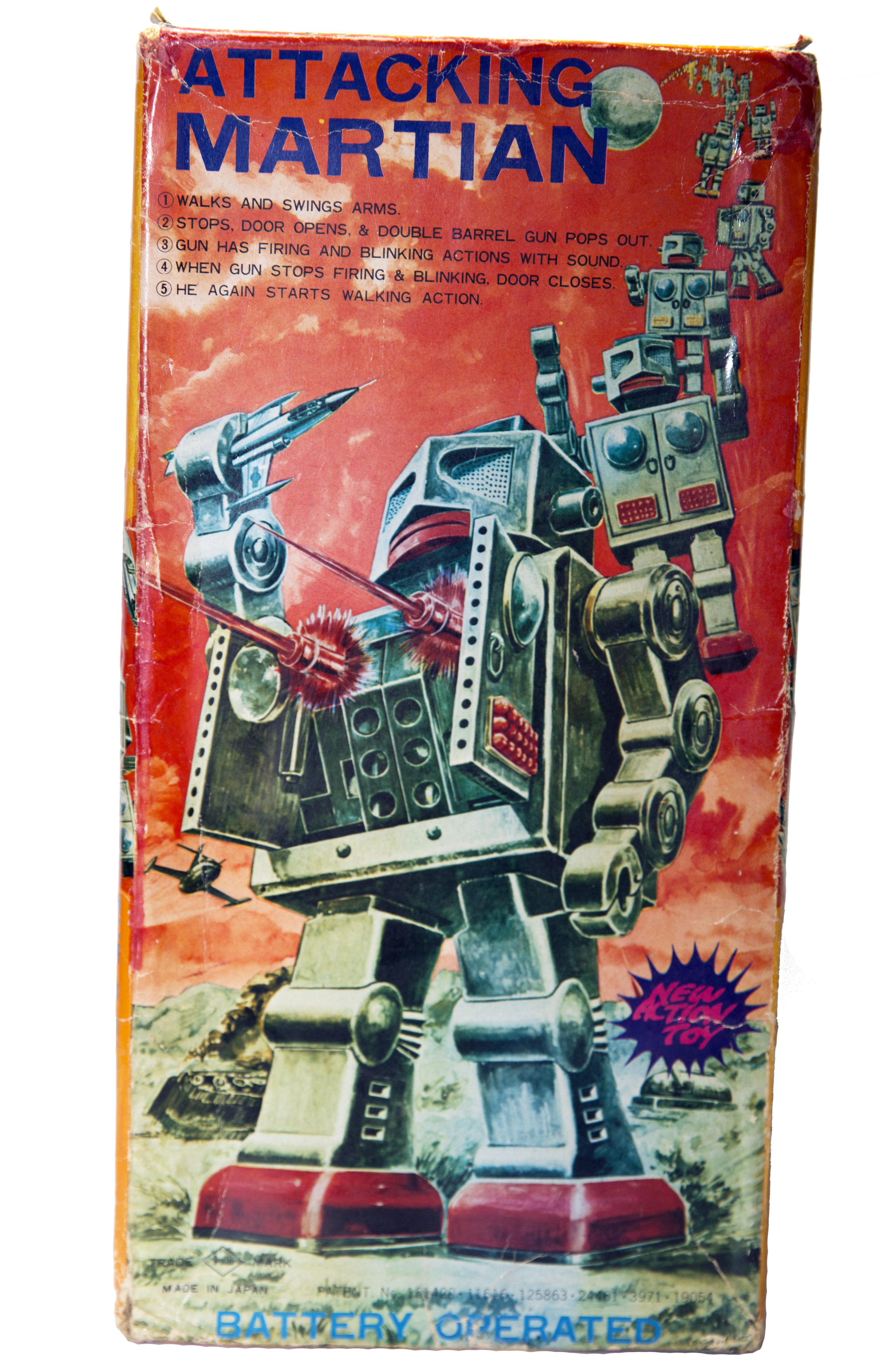 ATTACKING MARTIAN BATTERY OPERATED