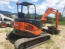 Earthworks Demolition Equipment Hire Cairns