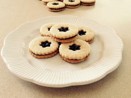 Almond Shortbread Sandwich Cookies