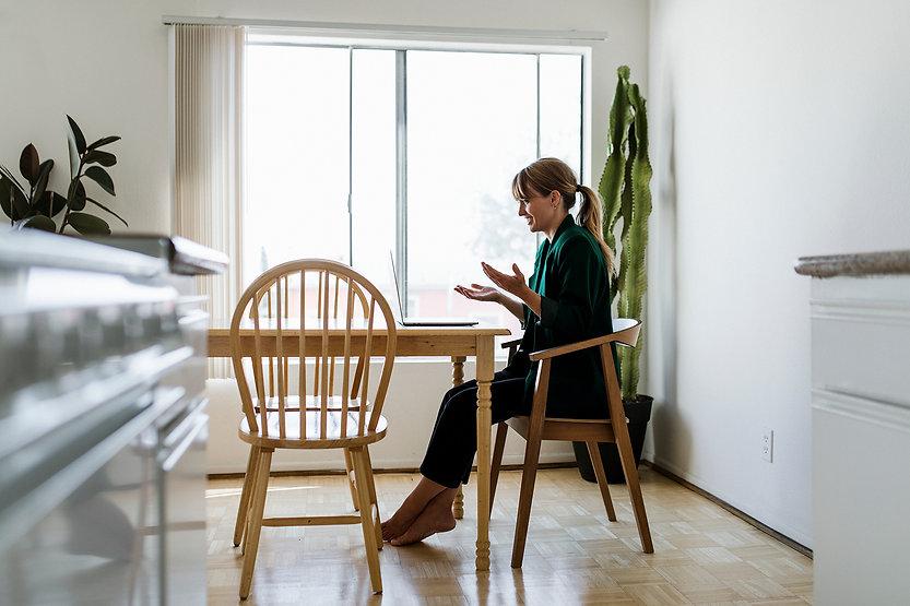Din samtalsterapeut Lokalt och Online | Serenity Sollentuna