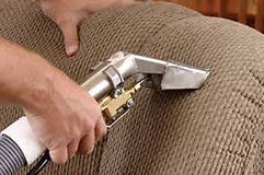 upholstery cleaning by steam cleaning