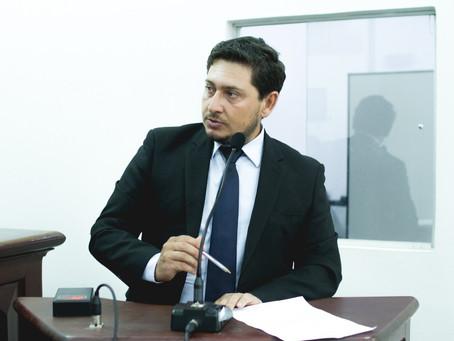 Projeto de Flávio quer proibir que condenados em crimes contra a mulher assumam cargos no município