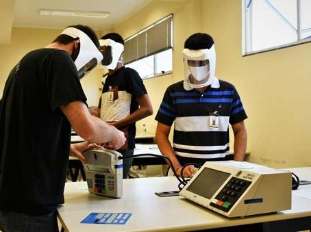 MPE faz série de recomendações para dia da votação e eleitor que não usar máscara pode ser preso