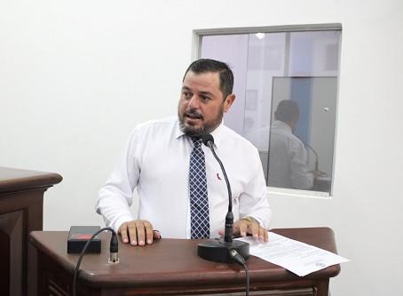 Vereador Valmor Flores solicita construção de rotatória próximo a Coamo