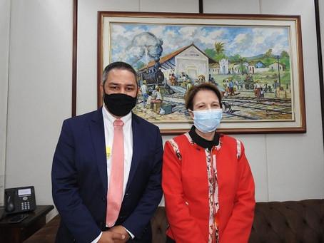 Vereador Vander Dosso se reúne com Ministra da Agricultura