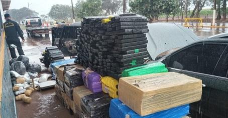 Polícia apreende grande quantidade de droga. Morador de Laguna transportava a droga
