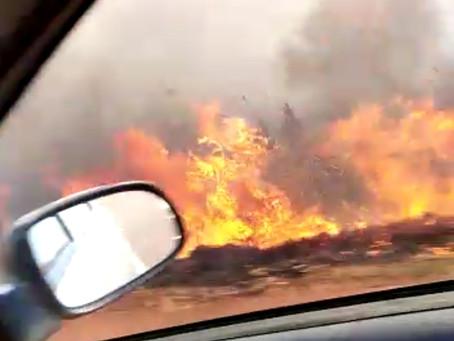 Atenção motoristas: Fogo na MS 379 próximo a ponte do Rio Dourados