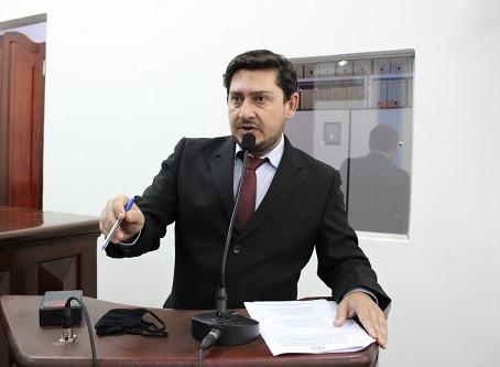 Flávio de Oliveira comenta sobre primeiro semestre do Legislativo
