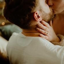 Photographe à Troyes, séance photo de couple intimiste sexy à domicile