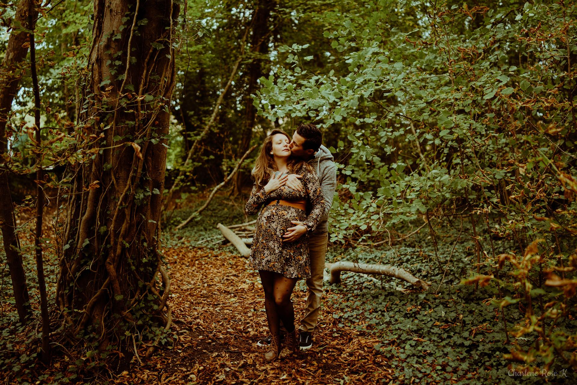 photographe-troyes-grossesse-maternité-exterieur-lifestyle-automne-crk-24