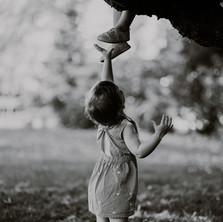 Photographe à Troyes, séance photo enfants noir et blanc