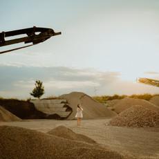 Photographe à Troyes, Portrait de femme sur un site en construction