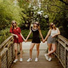 Photographe à Troyes, Séance photo entre copines, ados sur un pont