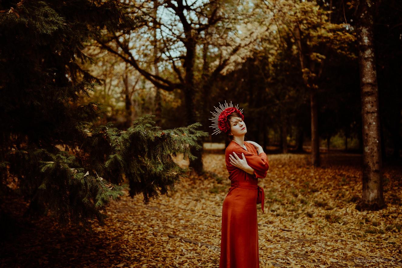 seance-photo-troyes-solo-femme-exterieur-automne-crk-8